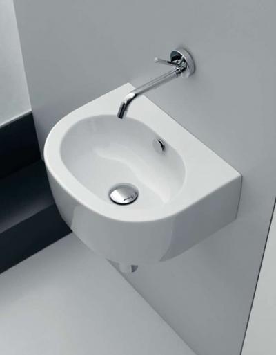 Kerasan Flo odpowiada na pytanie: jak urządzić małą łazienkę?